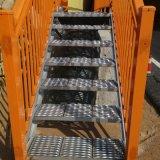 楼梯踏步板 楼梯防滑板 热镀锌防滑板