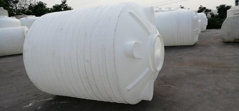 玉溪化工储罐_外加剂储罐,大型储水PE水箱