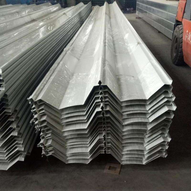 东胜供应YX114-333-66型单板 0.3mm-1.0mm厚 彩钢屋面板/大跨度屋面板/宝钢海蓝角驰屋面板