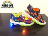 2018廠家直銷外貿 卡通涼鞋 彈簧跟童鞋 燈鞋