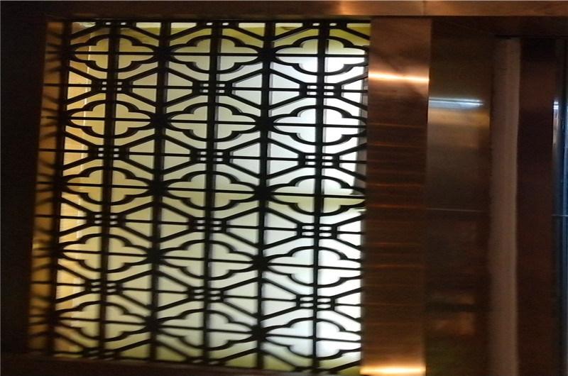 铝板雕刻仿古铝屏风 镂空方管焊接铝屏风花格