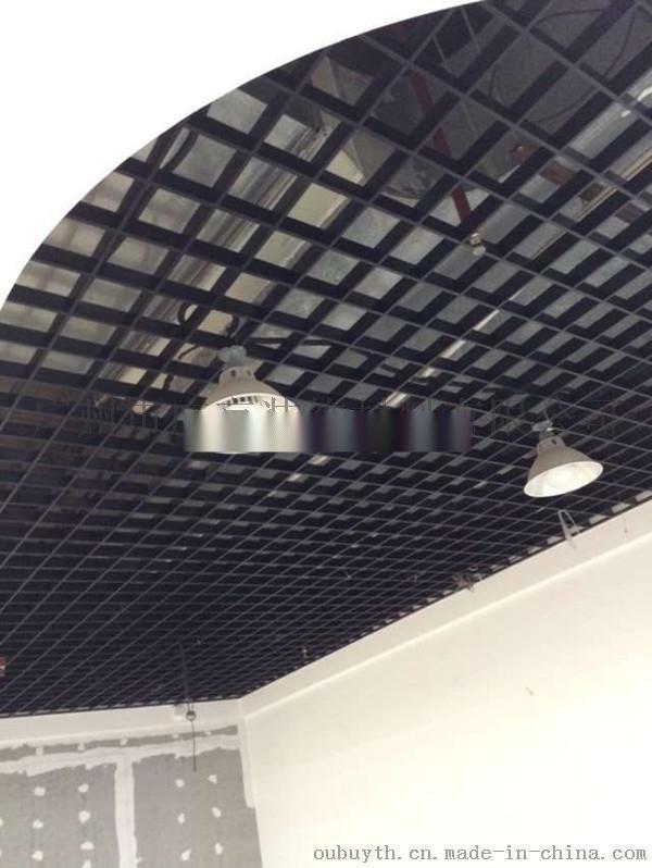 黑色鋁格柵吊頂|三角黑色鋁柵廠家