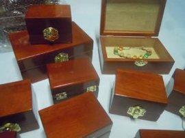 纯实木珠宝盒 首饰盒 厂家生产加工定制 木制工艺品