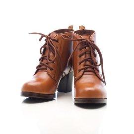 上海譜非晨2015新款女士短靴 女士皮靴