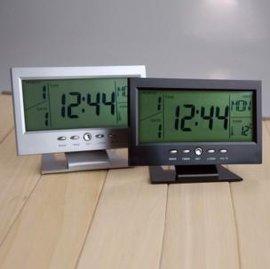 LED七彩背光电子桌钟