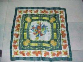 色丁方巾 (XLD8003)