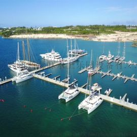 承接水上平台 码头工程 海上游艇船只停靠