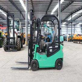 厂家供应 小型电动四轮叉车 安全平稳升降 物流搬运车