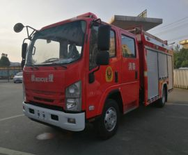 国六五十铃双排座4吨水罐消防车