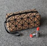 木纹贝壳形半圆化妆包 几何图案化妆包