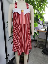 女童露肩条纹背带裙