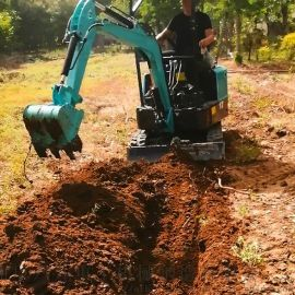 小型推土机 挖掘机挖土工作视频 六九重工lj 小型
