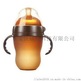 妈妈选择无尘车间生产的爱沃液态硅胶奶瓶