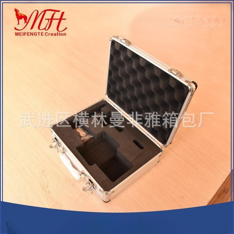 厂家供应高质量多款式铝合金小型铝箱 批发便携防震仪器工具箱