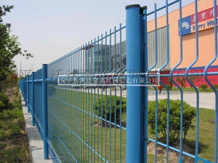 供应小区围墙护栏 小区围栏 桃形柱护栏网
