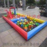 广西桂林儿童充气水池广场上的充气沙滩池