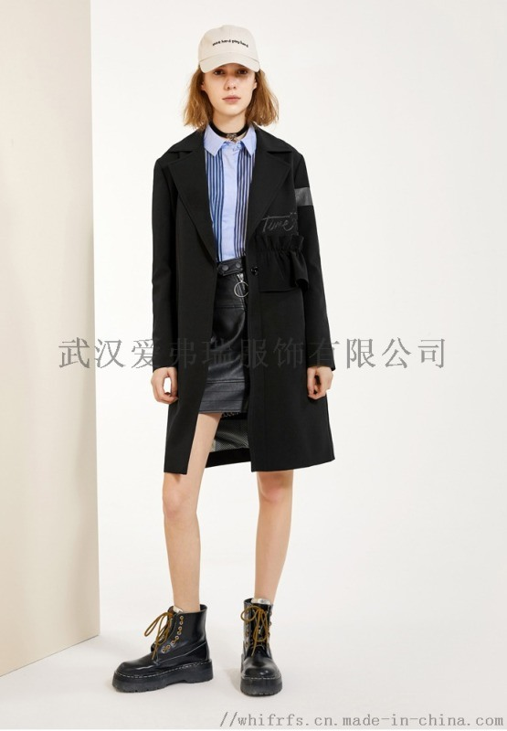 女装折扣走份拿货圣格瑞拉19年春装新款风衣外套