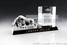 深圳大楼竣工纪念品,大厦落成典礼纪念品,建筑竣工仪式纪念品定做,水晶办公摆件礼品,水晶牛摆件,深圳水晶内雕纪念品,广州水晶礼品