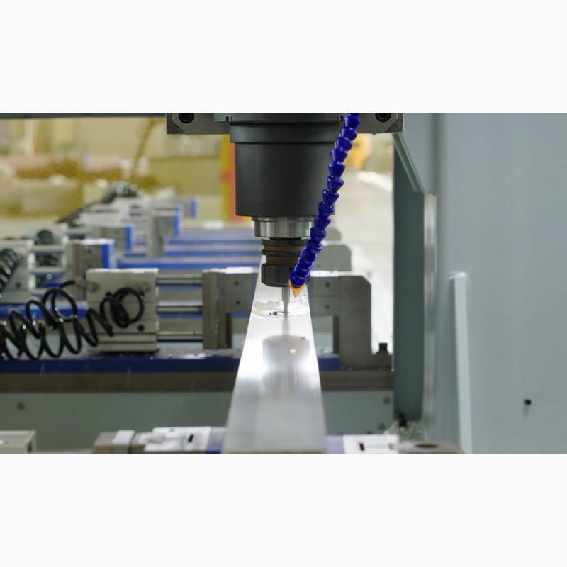 铝型材大型龙门四轴数控加工中心