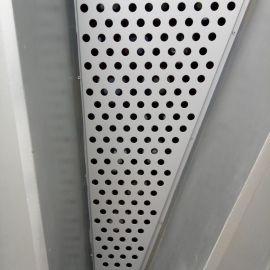 供应金属洞洞圆孔冲孔板冲孔钢板网定制304不锈钢冲孔网片