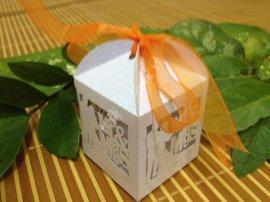 糖果鏤空小禮盒