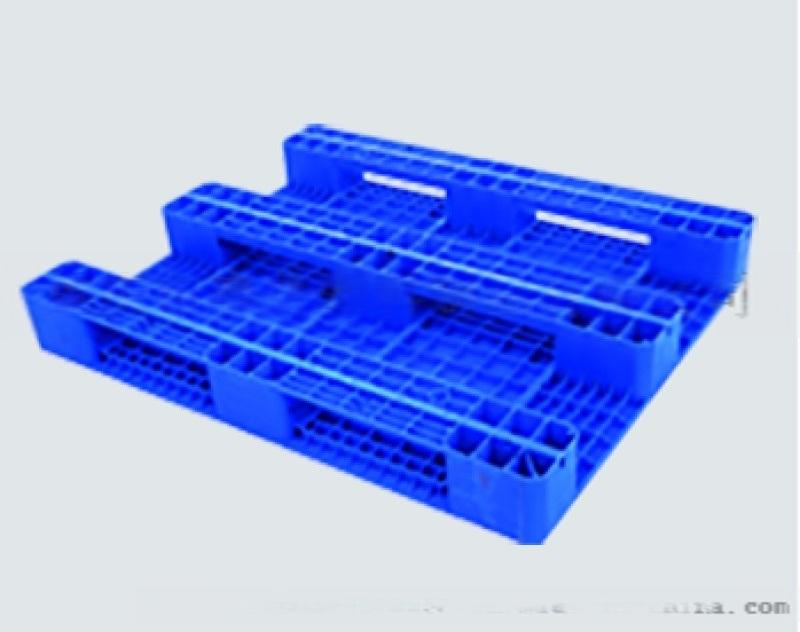 贵州.光面塑料栈板 光面货架栈板货架托盘