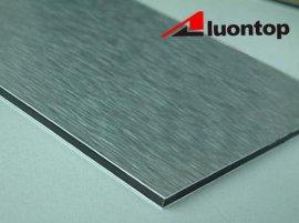 拉丝铝塑板