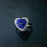 18k金三角形坦桑石戒指天然宝石婚戒颜色浓郁切工匀称3.82克拉