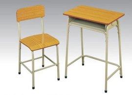 中学生课桌椅厂家直销