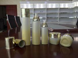 三角形瓶子现货玻璃瓶  瓶子小量批发护肤品包装护肤品瓶现货
