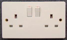 3x6英式、双联13A、 二位英标、 英规、**电源带灯插座