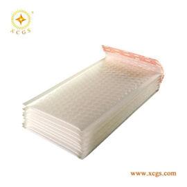 白色复合珠光膜气泡袋成都厂家直销防震防水快递信封袋