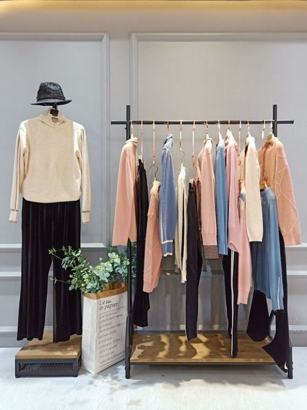 杭州四季青  女装品牌潮牌短袖T恤一手货源