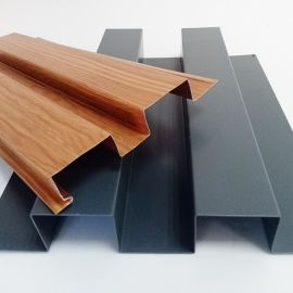 厂家直销凸凹型铝长城铝单板波浪形冲铝板顶栅安装