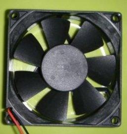 8025散热风扇