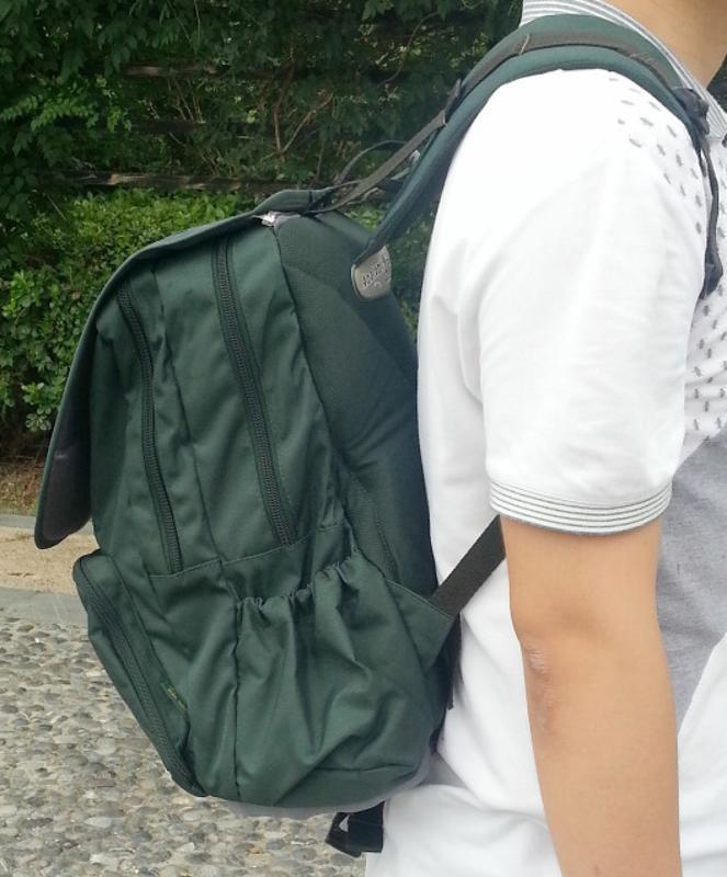 绿色背包双肩包学生包书包上海方振箱包定做