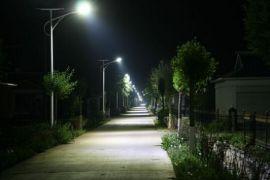 供应敦煌5米30瓦太阳能路灯/6米40瓦太阳能路灯/7米50瓦太阳能路灯