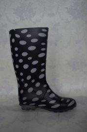 女士高筒低跟时尚PVC雨鞋