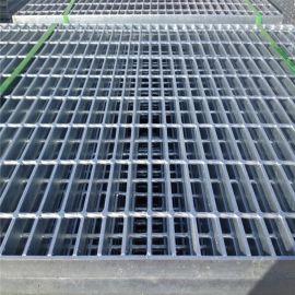 热镀锌钢格栅板厂家定制生产**电厂网格楼梯踏步钢格板网格板