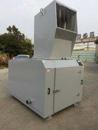 深圳塑料粉碎机厂家/安徽再生塑料破碎机价格