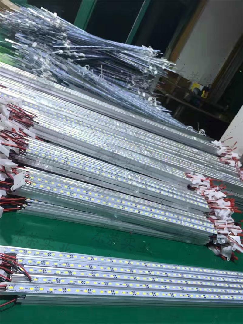 15118349308铝型材软膜灯箱 卡布灯箱17.jpg