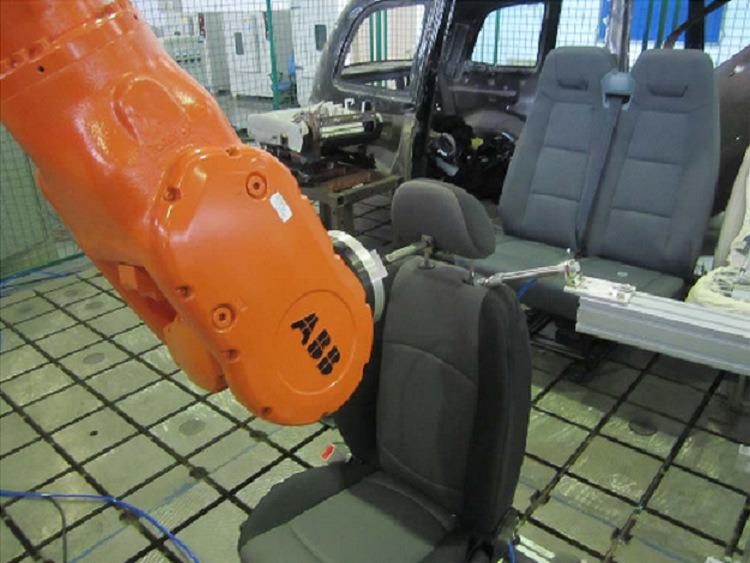 座椅头枕操作耐久测试1