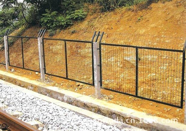 铁路围栏网1