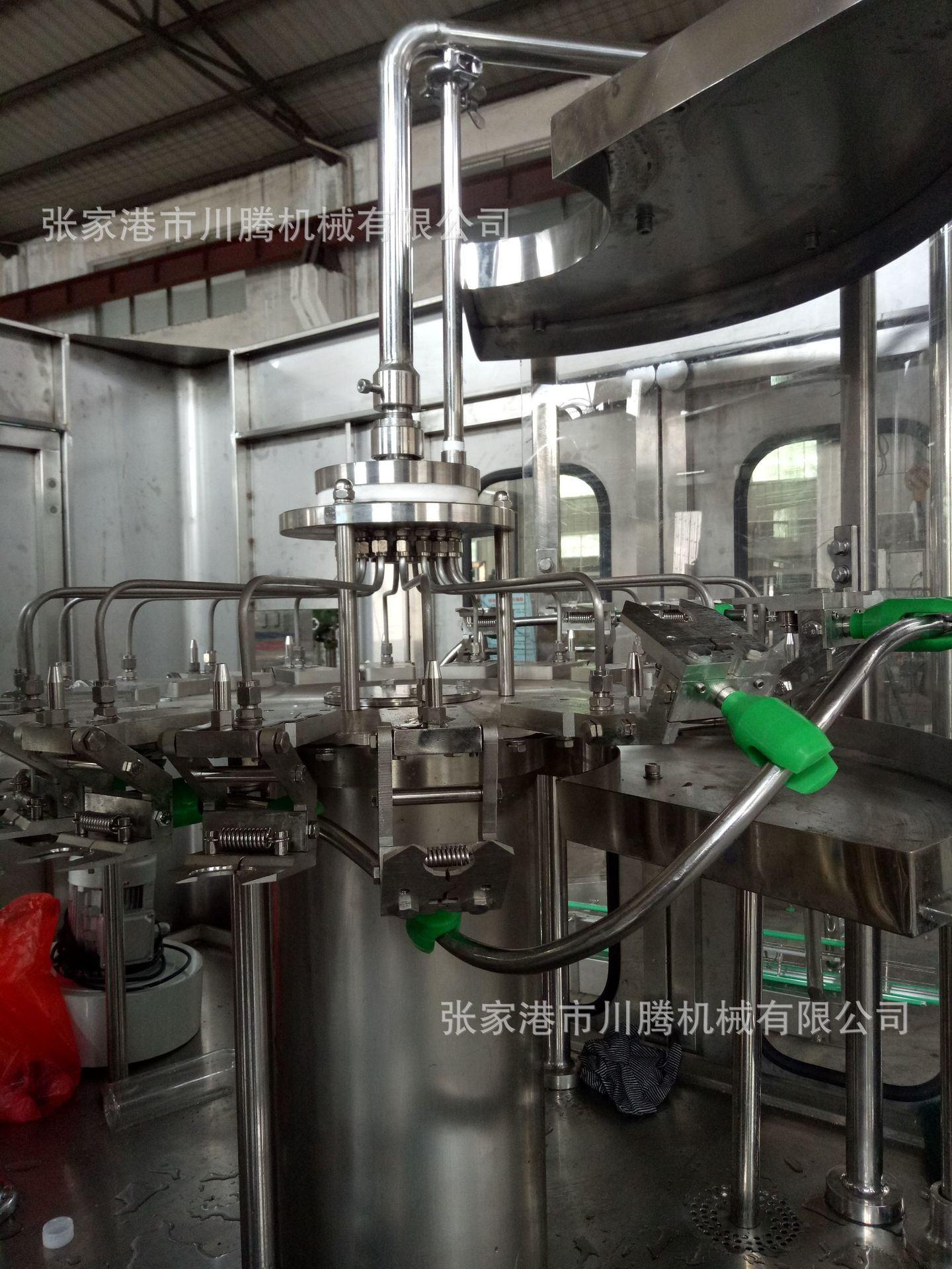 18-18-6矿泉水灌装机内部构造.