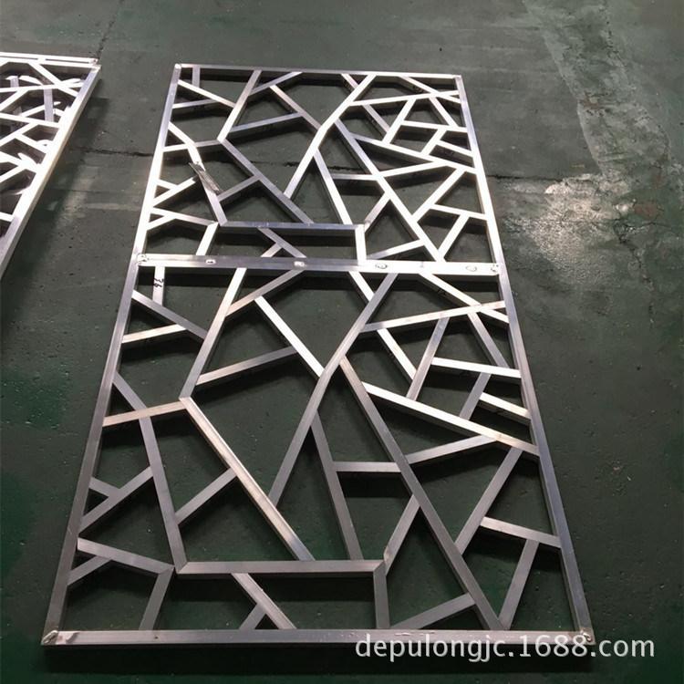 铝方管焊接木纹铝窗花