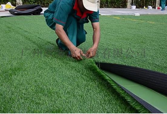 关于人造草坪施工铺设的实用技巧142515515