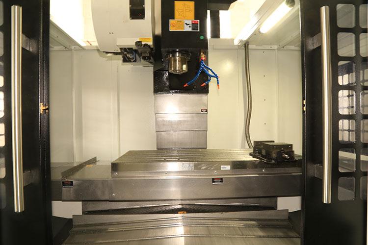深圳钜人VMC1270三轴硬轨模具加工中心40878095