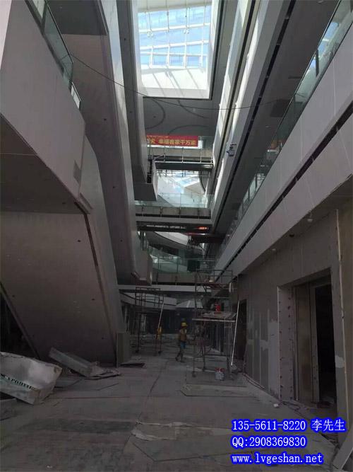 扶手电梯铝板装饰 商场扶手电梯铝板 铝单板厂家.jpg