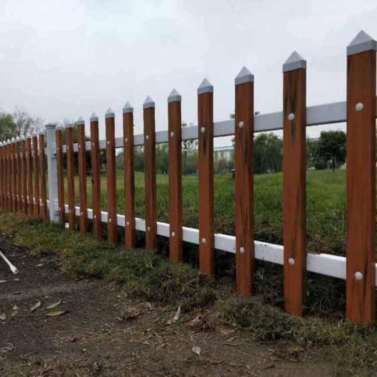 广东惠州绿化围栏厂家 许昌pvc草坪护栏
