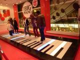 钢琴地板砖